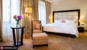 Paris-Hotel2