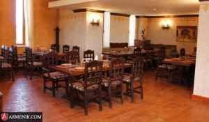 caucasus-tavern