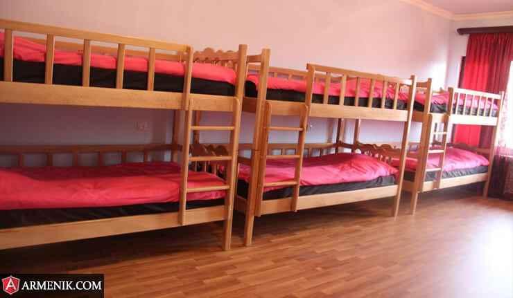 Arm-Hostel-yerevan2