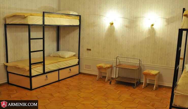 Classic-Hostel-Yerevan2
